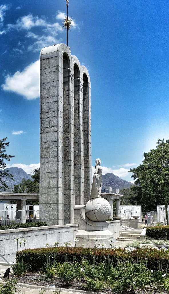 Hugenotten Monument Franshoek